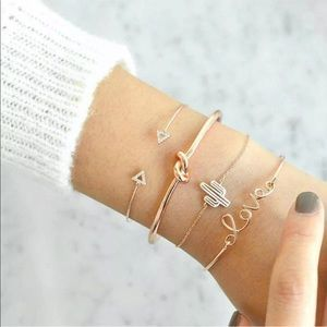 Jewelry - Gold Tone 4 Piece Stacking Bracelet Set